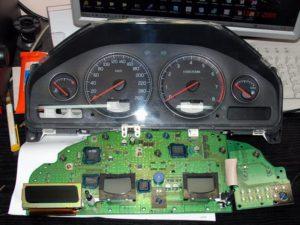 -приборных-панелей-300x225 ремонт приборных панелей