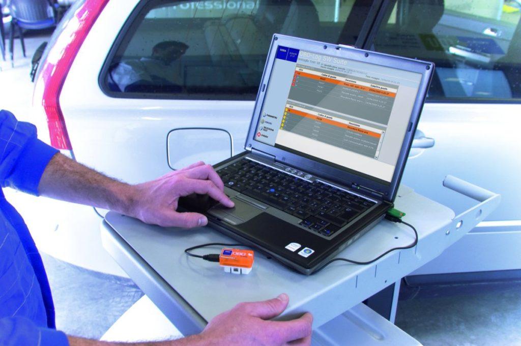 -диагностика-авто-1024x681 Что такое компьютерная диагностика автомобиля