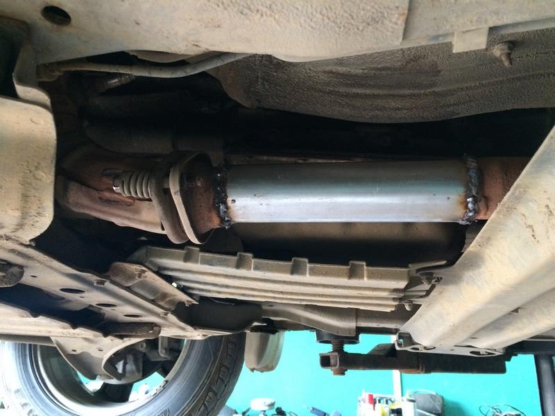 Suzuki-Grand-Vitara-2.0-удалить-катализатор-Конаково-Тверь Чип тюнинг и удаление катализаторов на Suzuki Grand Vitara 2.0